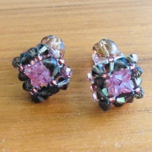 VTG Jewel-like Beaded Pink and Green Cufflinks